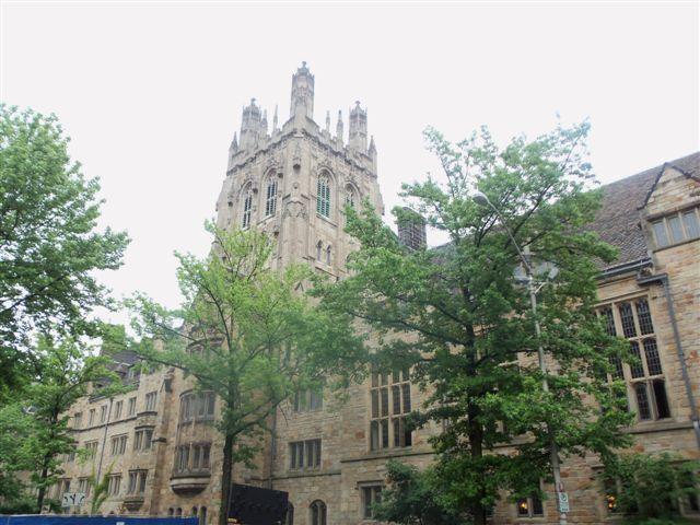 Yale University - Saybrook College