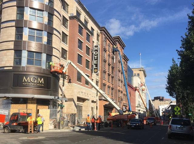 MGM Casino-Hotel & Podium